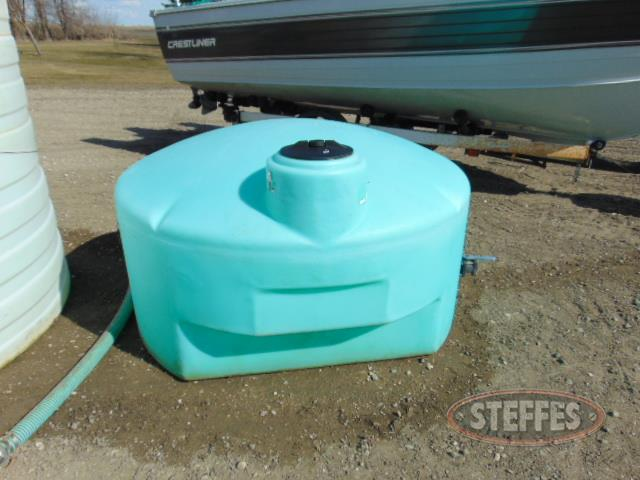 425 gal. pickup water tank, green_1.JPG