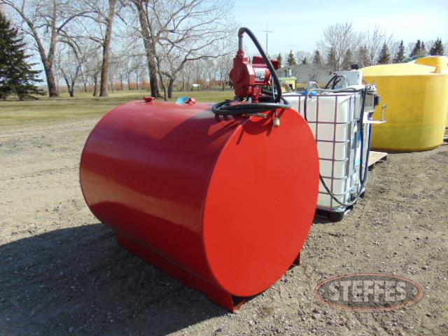 500 gal. gas tank, 110v pump_1.JPG