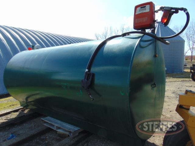 2,000 gal. diesel tank, 110v pump_1.JPG