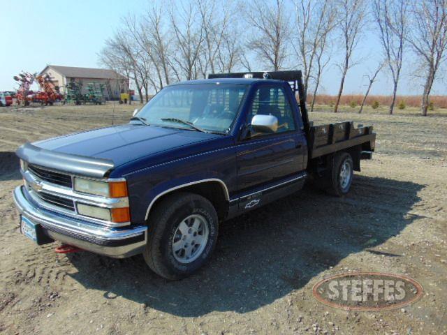 1994 Chevrolet 1500_1.jpg