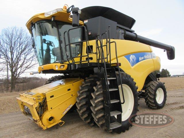 2007 New Holland CR9040_0.JPG